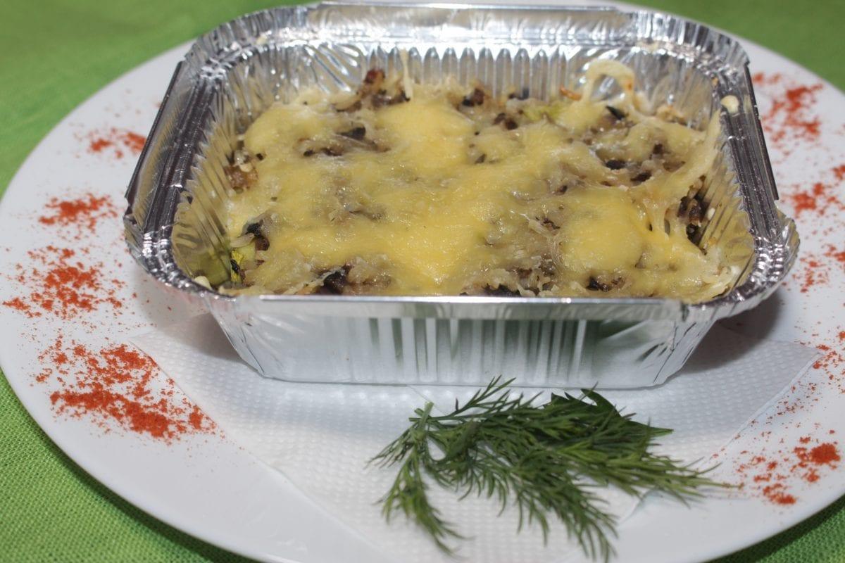 Kabachkovaya zapekanka s risom i gribami tsukini ris shampinony syr 1200x800 - Кабачковая запеканка с рисом и грибами