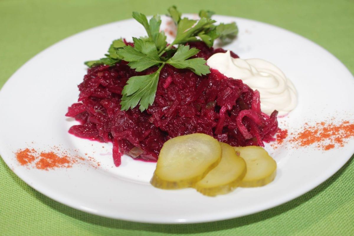 "Salat Minutka sveklasol. oguretsluk marin.majonez 1200x800 - Салат ""Минутка"""