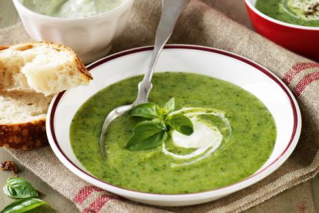 Холодный суп из щавеля или шпината